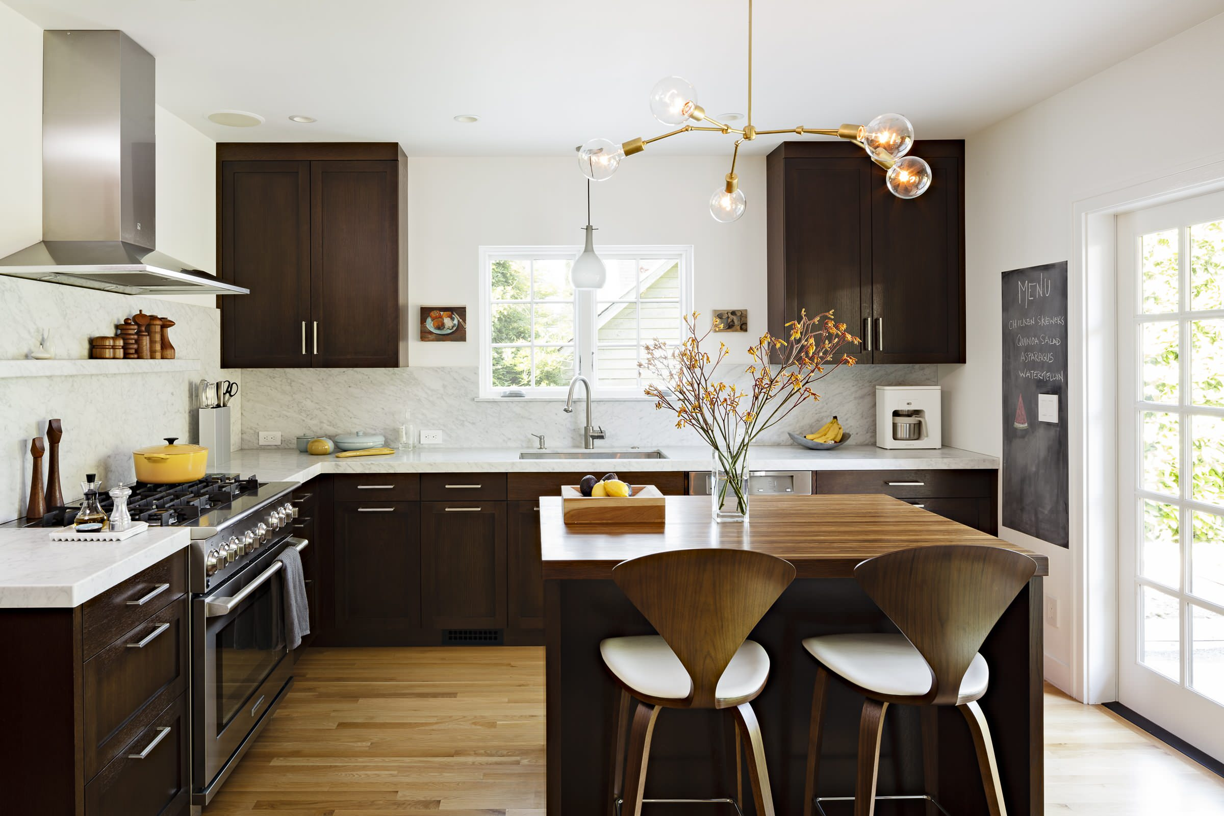 Kitchen Island Lights Come In All Shapes Sizes And Prices Basically Your Options Are Nearly Limitless But This Article Is Not So Rest Assured That No
