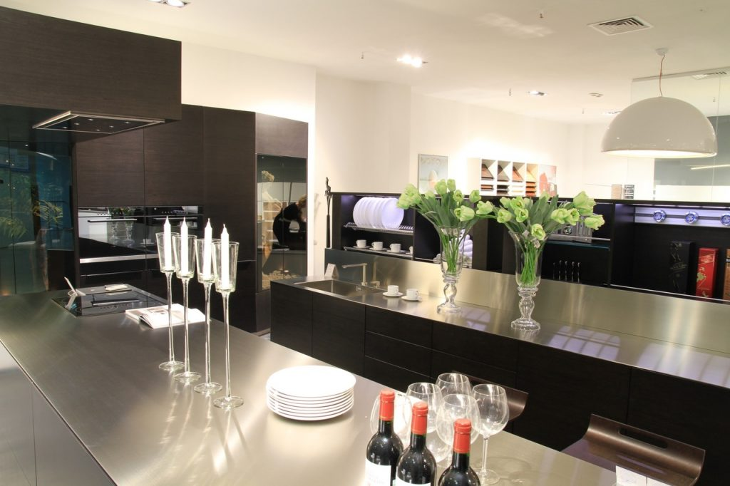 table-interior-kitchen-renovation-lighting-vancouver-electrician